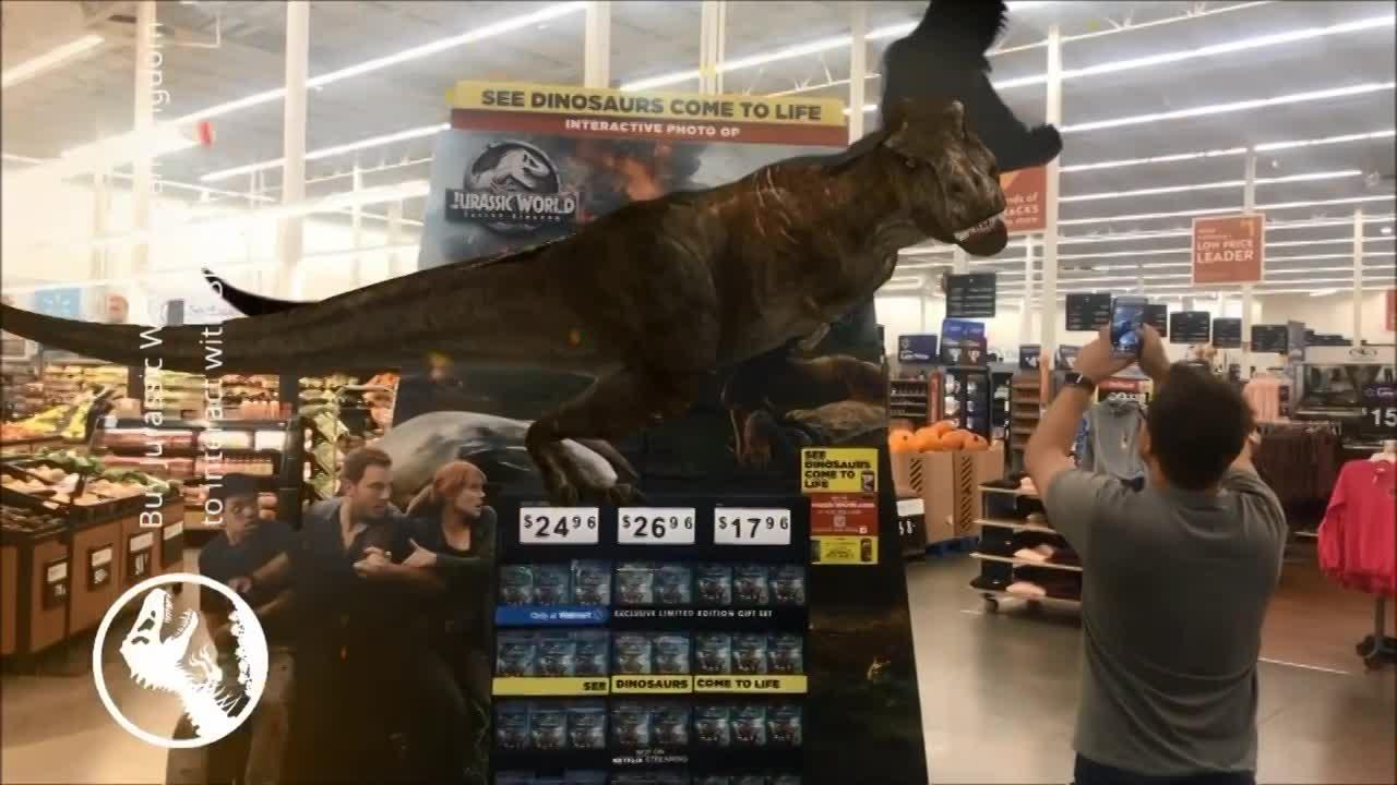 Thumbnail for Jurassic World Fallen Kingdom Display