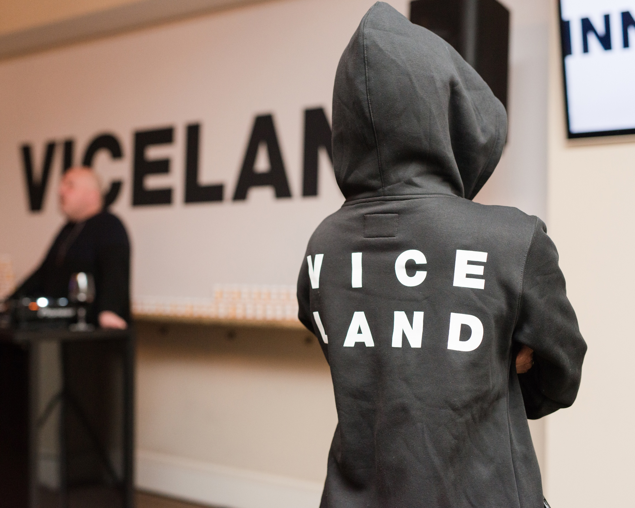 Thumbnail for The VICELAND Sundance Suitcase
