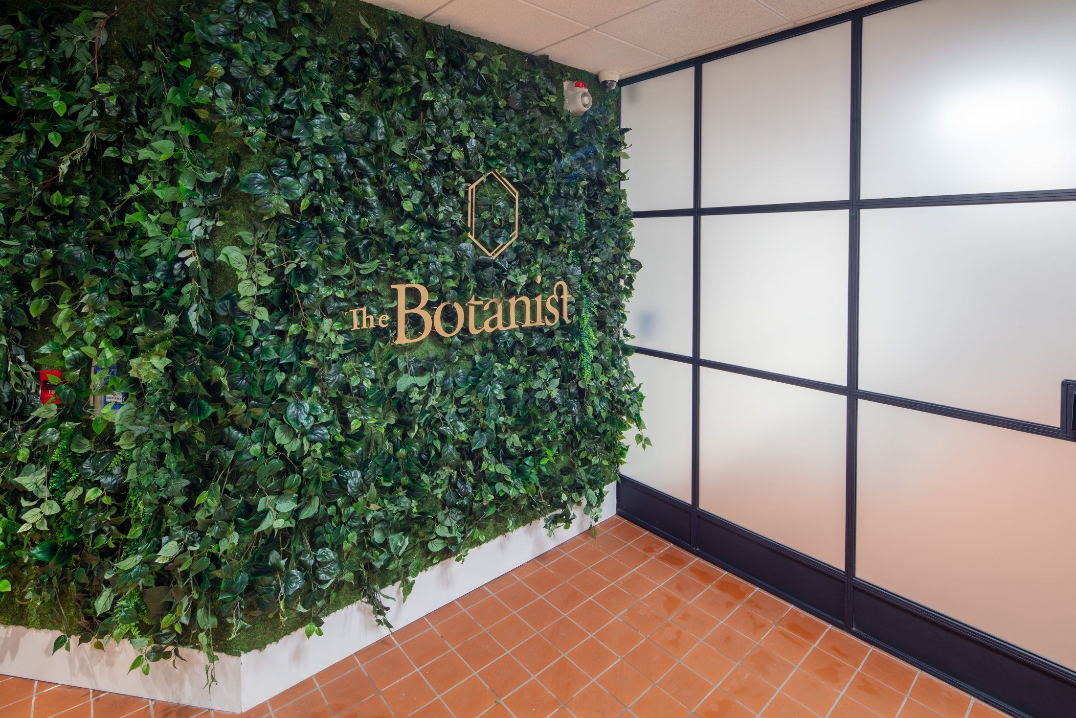 The Botanist : Welcome To the Intersection of Science and Nature