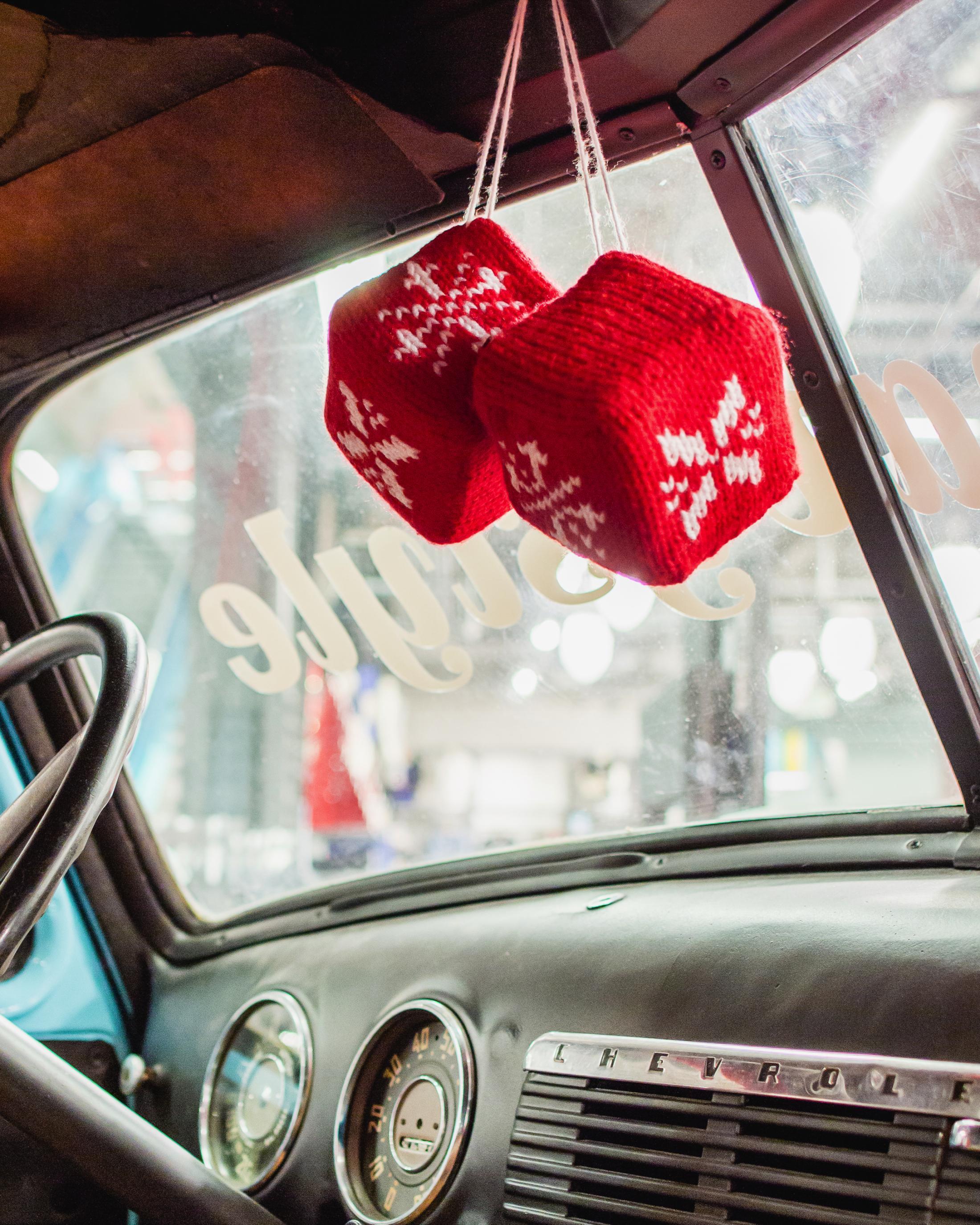 Thumbnail for Old Navy Holiday Yarn Bombing -