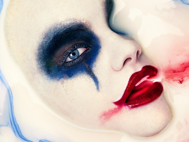 American Horror Story: Cult Milk Bath Billboard Thumbnail