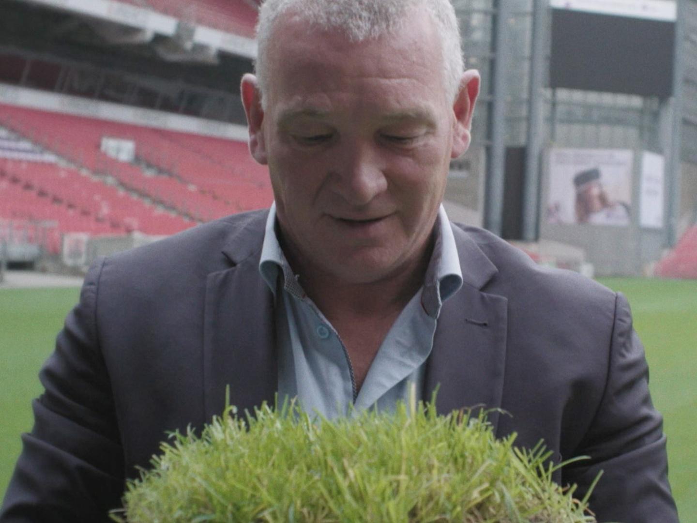 THE GREAT GRASS-PLANTATION Thumbnail