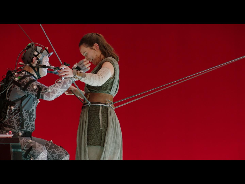 Star Wars: The Last Jedi - Bonus Trailer Thumbnail