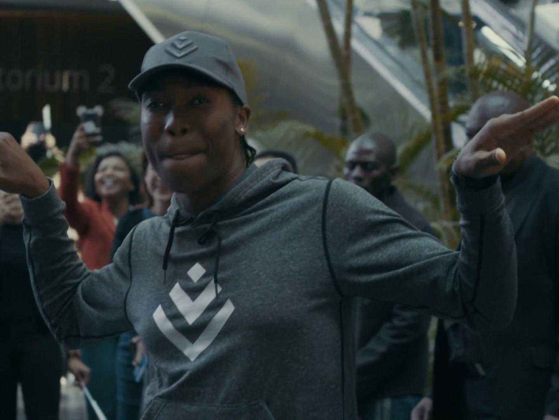 Semenya's speedy surprise  - Right behind the World's Fastest Woman Thumbnail