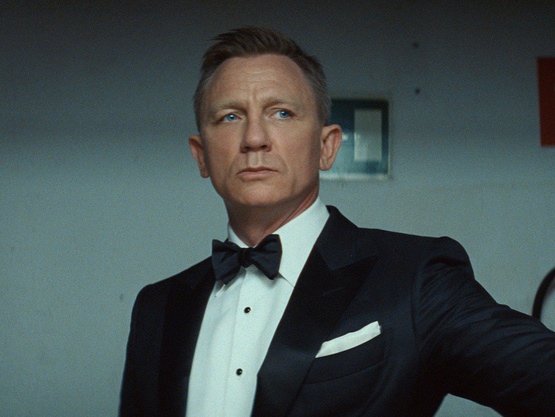 Daniel Craig vs James Bond Thumbnail
