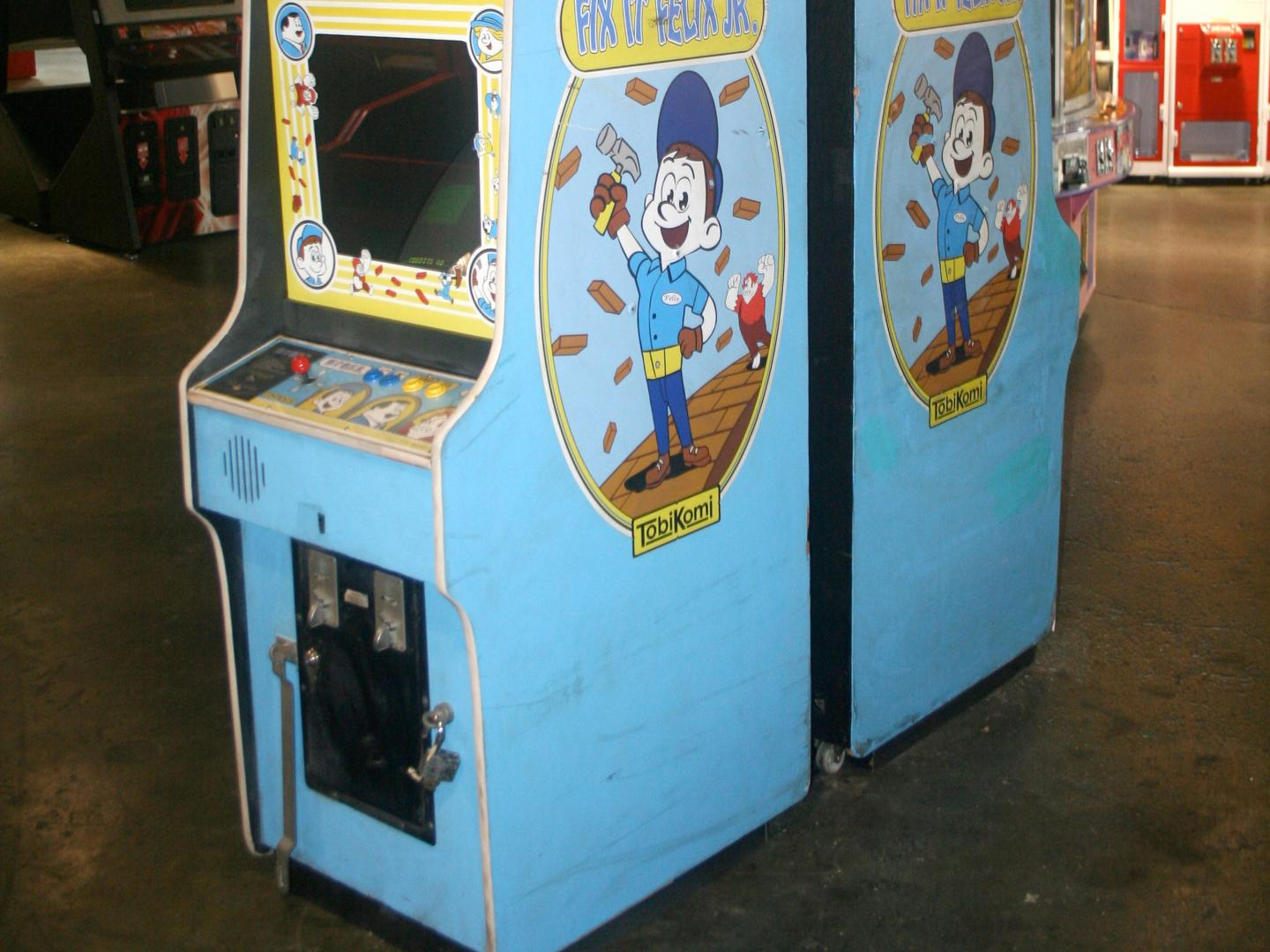 Fix-It Felix Jr. Game Cabinet Thumbnail