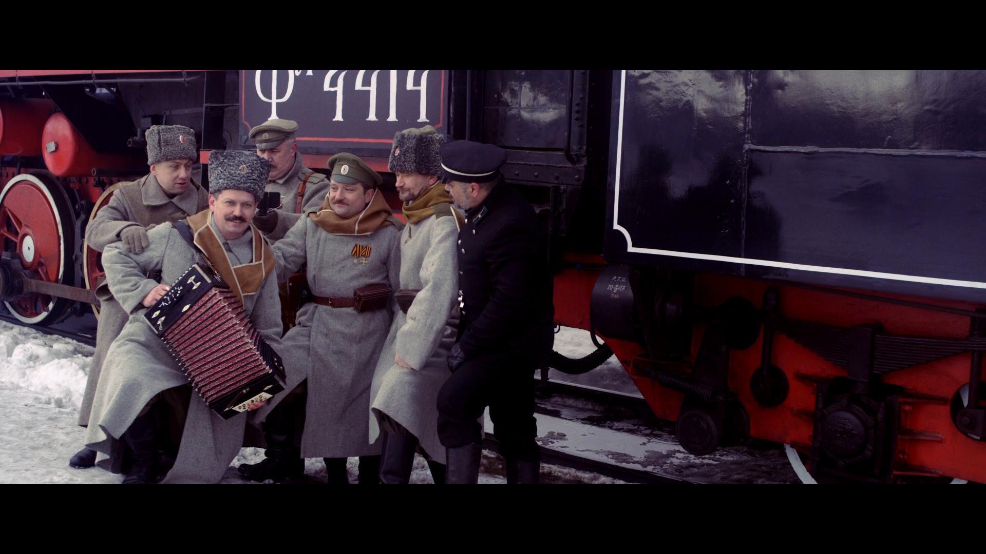 Thumbnail for #1917LIVE: Make selfie, not war
